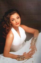 Индийский фильм порнуха про актеров карина фото 527-993
